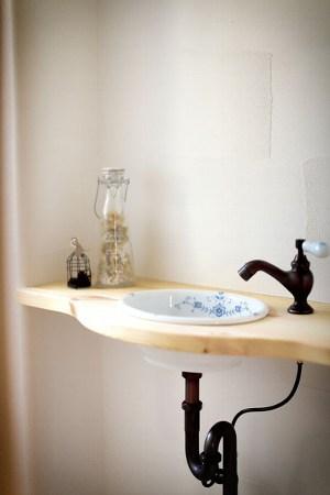 アンティークな雰囲気が可愛い洗面台(イズヤマリゾート)