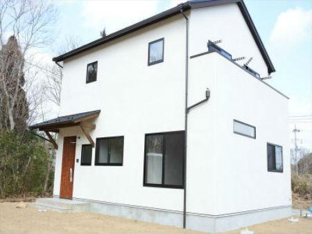 大賢工務店の施工例2_無垢材の家
