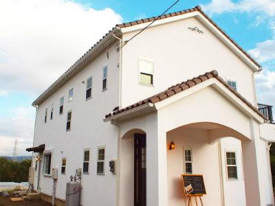 シノスタイル_スイス漆喰の南欧風住宅
