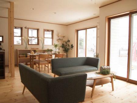 シノスタイルのスイス漆喰の家4