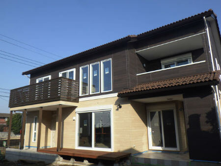 本吉工務店の施工例1_大きな窓が作り出す、明るい暮らし